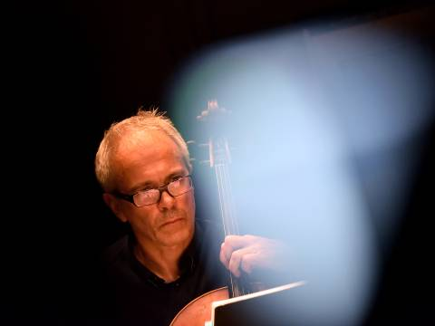 Arne Deforce over de kosmos en muziek