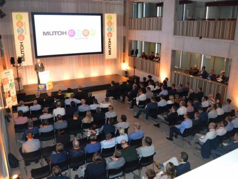 Internationaal seminarie voor Mutoh