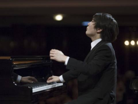 Seong-Jin Cho leest Rachmaninoff