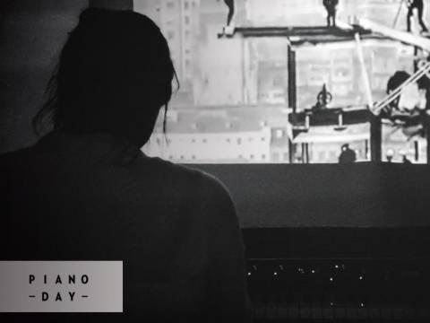 Les Charades Électroniques présentent Piano Day