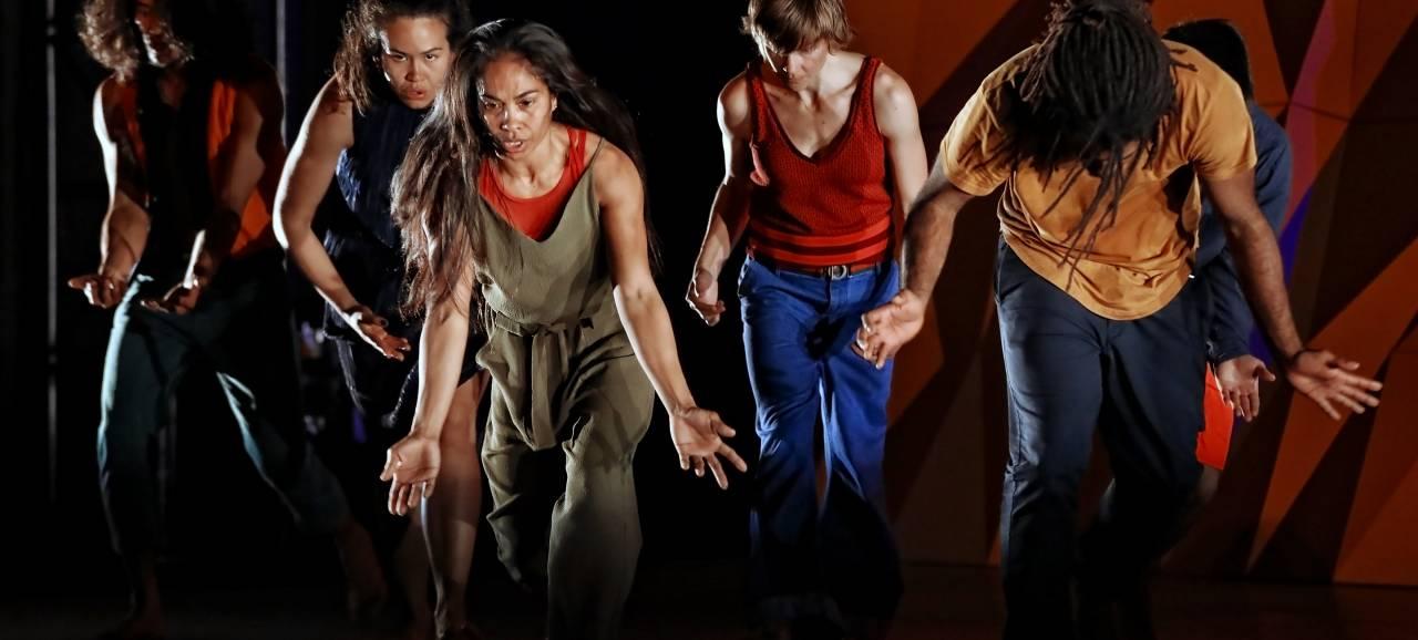 Toogbabbel met de dansers van Le Dernier Appel