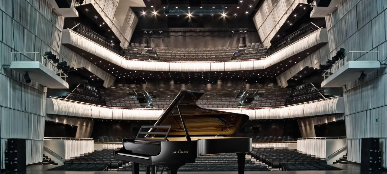Concertgebouw Brugge is eerste concertzaal ter wereld die beschikt over nieuwe rechtsnarige concertvleugel